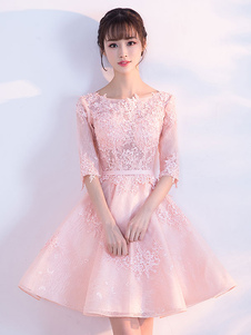 Abito homecoming rosa chiaro svasato con scollo tondo mezze maniche Zip corto/mini cintura pizzo