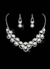 Gorgeous Transparent Alloy Rhinestone Pearl Wedding Jewelry Set For Bridal