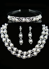 Attractive White Alloy Silver-plating Pearl Tiara Necklace Earrings Wedding Bridal Jewelry Set
