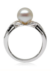 Great White 18K White Gold 8-8.5 mm Round Freshwater Pearl Natural Diamond Womens Ring