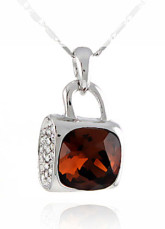 Romantic Burgundy Lock Womens Alloy Swarovski Crystal Necklace
