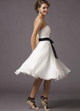 Особенности платья. элегантное. платье подружки невесты. белого цвета.