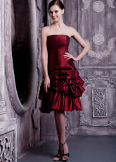 Robe de cocktail gaine bordeaux en taffetas bustier