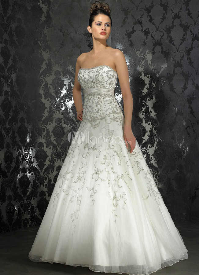 A-Line Strapless Embroidery Tulle Satin Wedding Gown