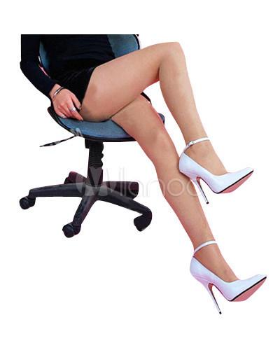 wei e spitze pumps mit high heels und fesselriemchen. Black Bedroom Furniture Sets. Home Design Ideas