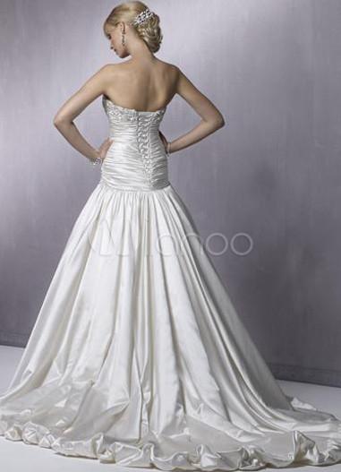 ...white Описание платья: Утонченное свадебное платье превратит Вас в...