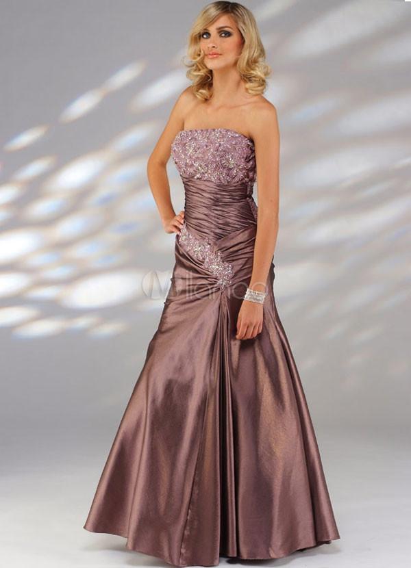 Красивое платье для выпускного вечера.