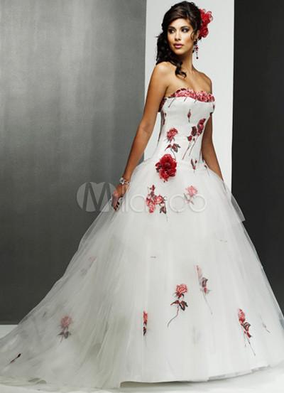 A-line Applique Organdie Luxury Wedding Dress