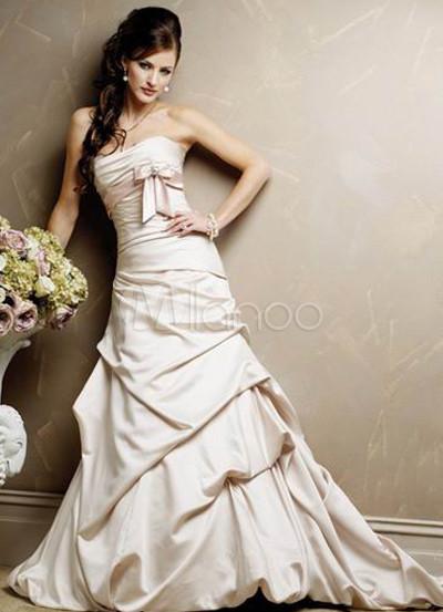 Pick-up Satin Lace Wedding Dress