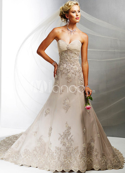 Sweetheart Satin Lace Applique Wedding Dress