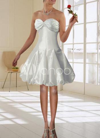 вышивка бисером вечернем платье.