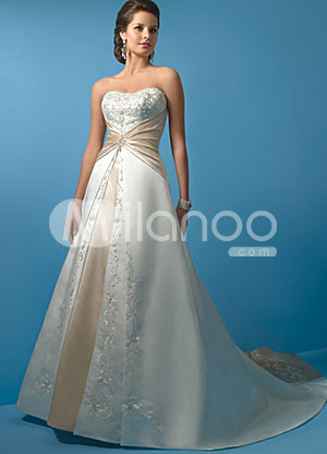 White Sweeetheart Sash Satin Beaded Wedding Dress