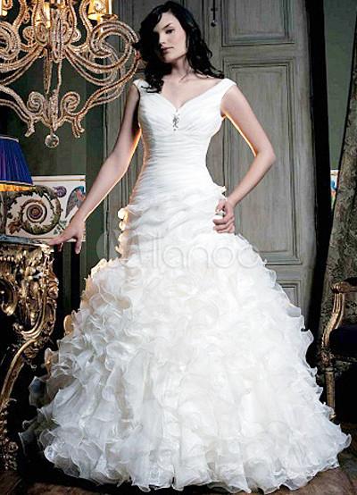 Formal VNeck Empire Waist Satin Wedding Dress For Bride 15299