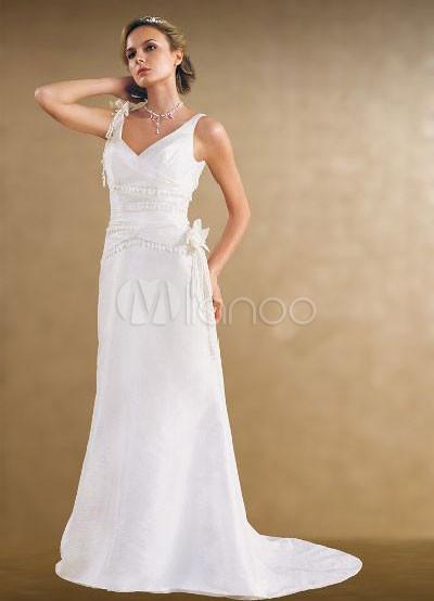 ... вырезом-линии бисером Вышивка атласная Свадебное платье из органзы.