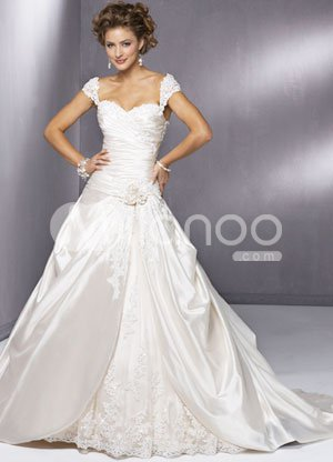 Lace White A-line Sweetheart Beading Applique Satin Luxury Wedding Dress