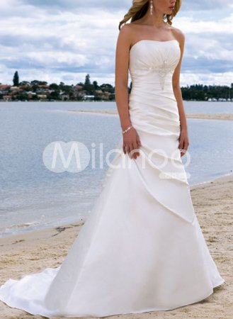 White A-line Strapless Satin Wedding Dress