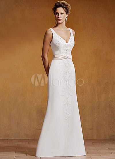 Вечернее платье на свадьбу-2011 настолько миловидно и элегантно...
