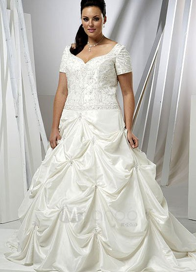 Womenwedding Attire on Plus Size Sweetheart Beading Taffeta Wedding Dress   Milanoo Com