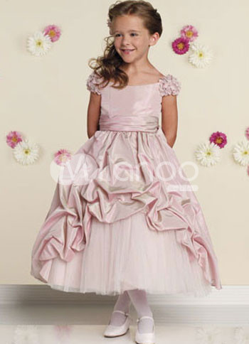 Нарядные платья для девочки интернет