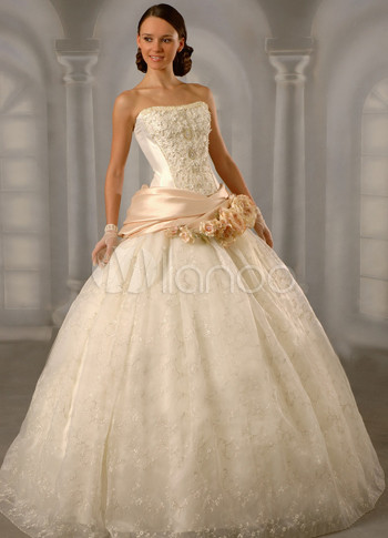 Gorgeous Ivory Net Strapless Floor Length Womens Luxury Wedding Dress