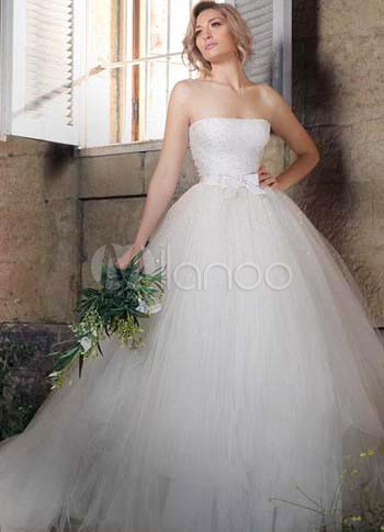 White Net Strapless Bow 2011 Wedding Dress
