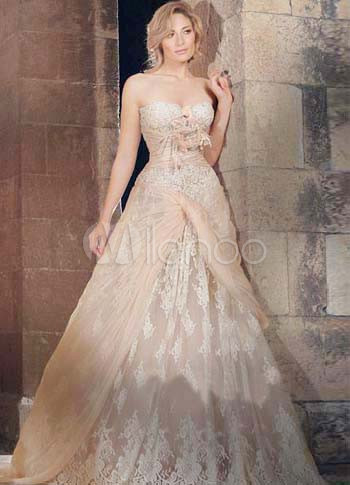 Champagne Lace Sweetheart 2011 Wedding Dress