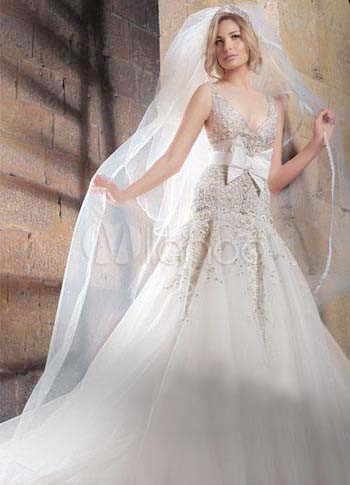 White Net V-Neck Bow 2011 Wedding Dress