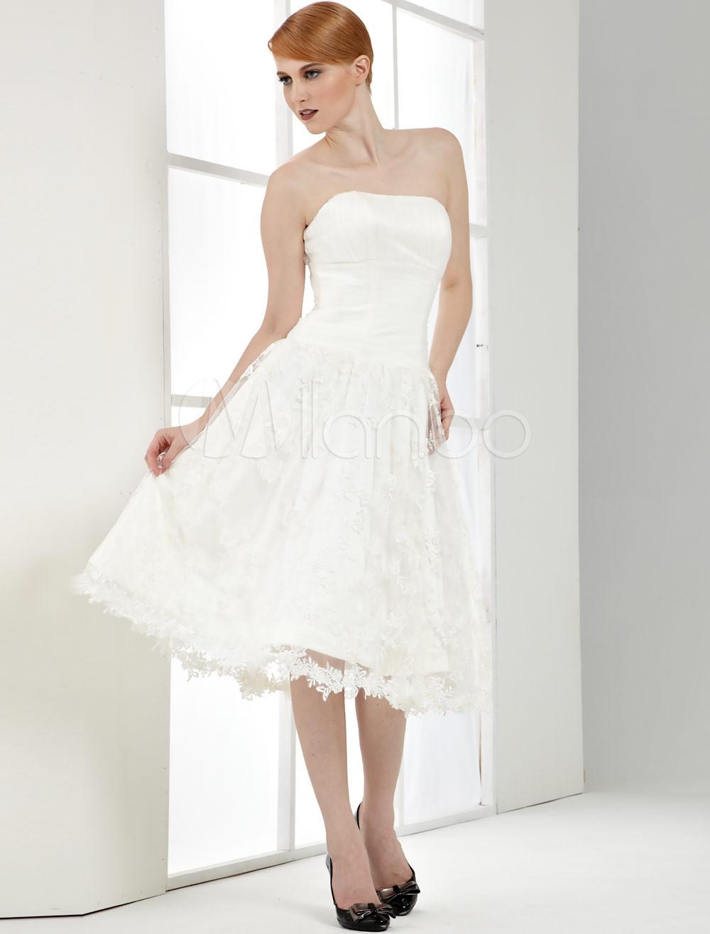 Kleider für eine Hochzeit