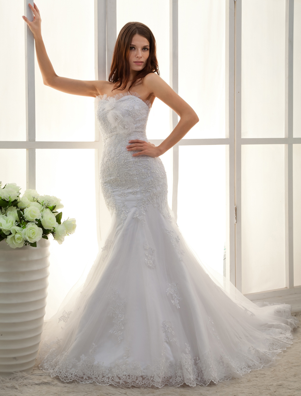 White Sweetheart Applique Lace Mermaid Trumpet Wedding Dress