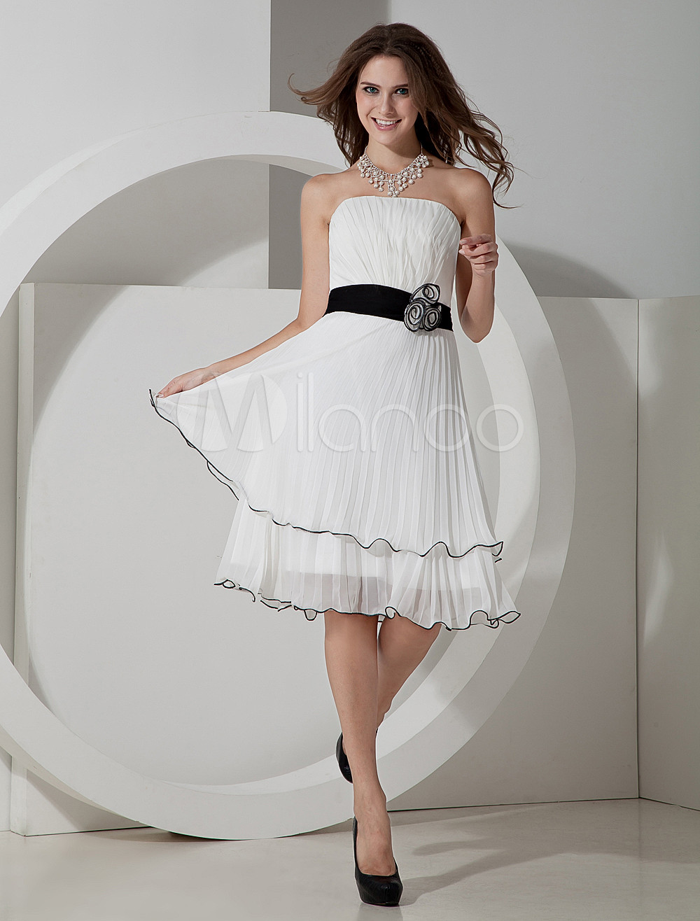 White Strapless Chiffon Knee Length Womens Bridesmaid Dress