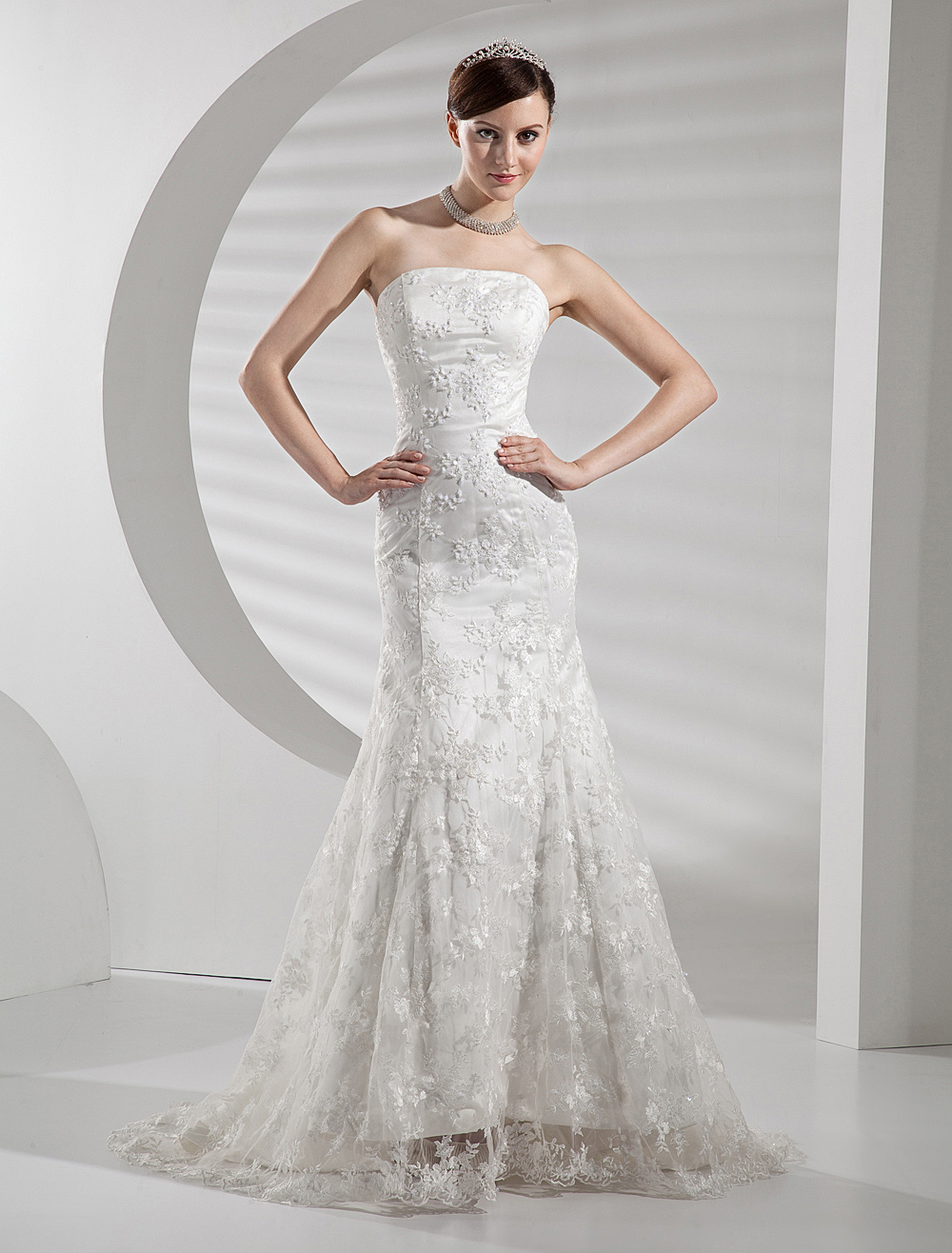 Lace Wedding Dresses Strapless Mermaid Bridal Gown Trumpet Beaded Bridal Dress With Train