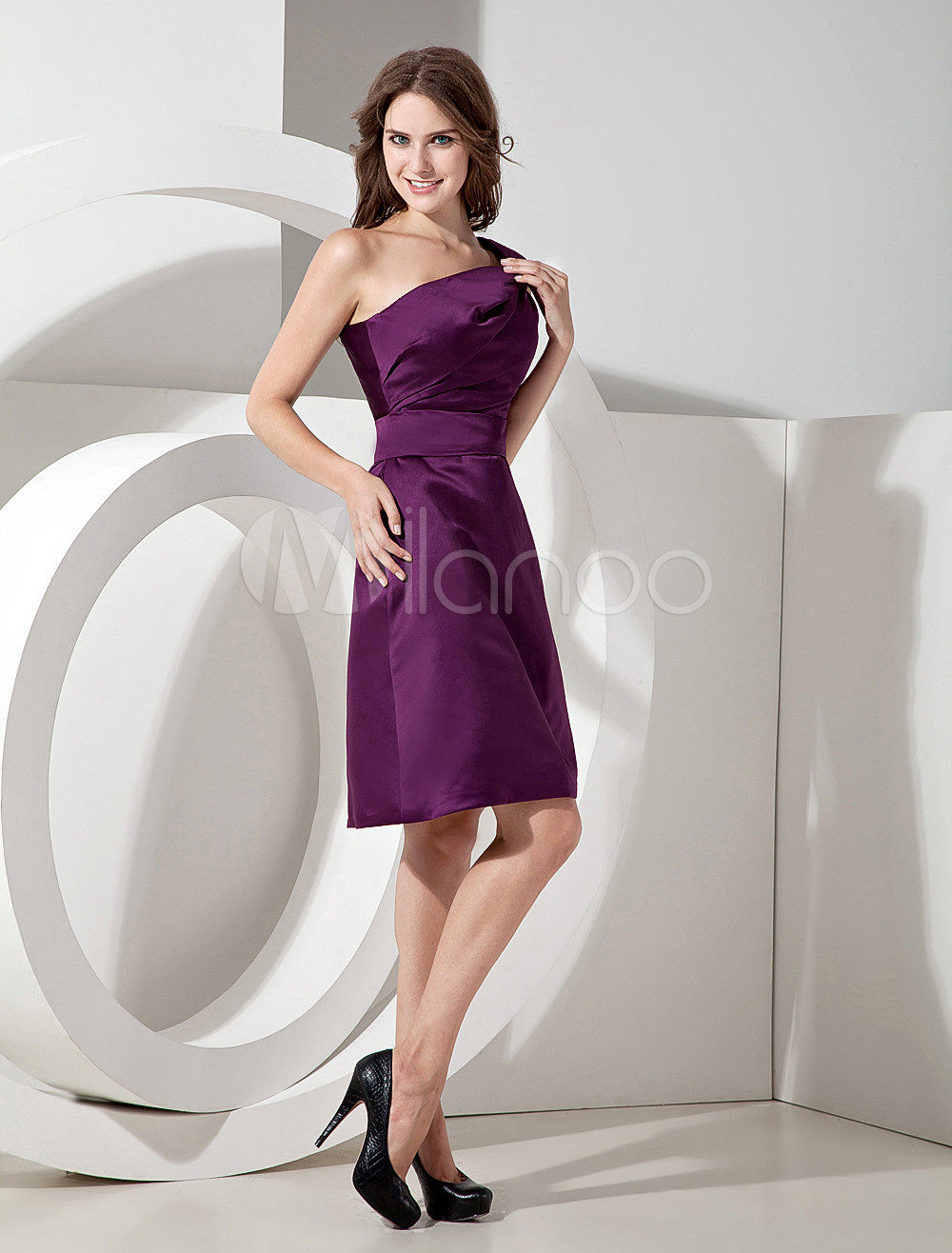 A-line Grape Satin One Shoulder Knee Length Bridesmaid Dress