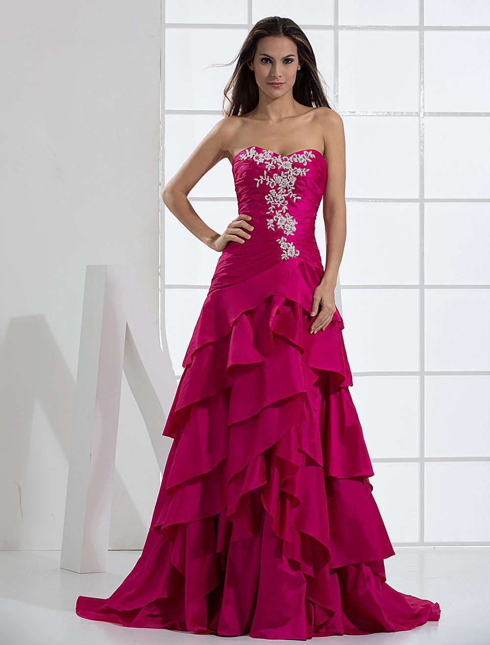 Taffeta Prom Dress with Sweetheart Neck Applique