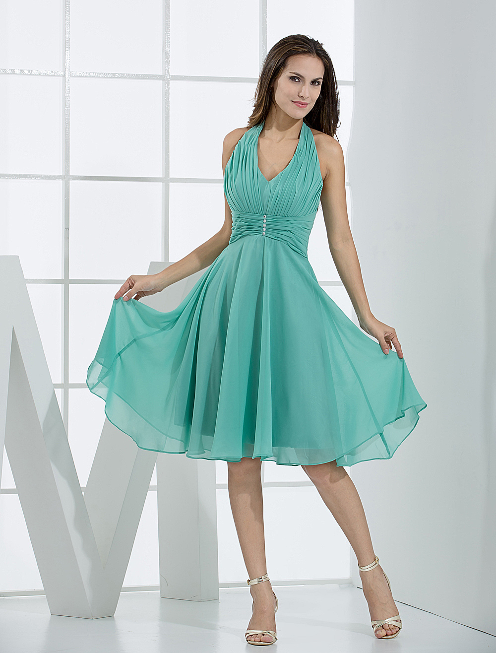 Vintage Halter V-Neck Pleated Wrapped Chiffon Bridesmaid Summer Dress