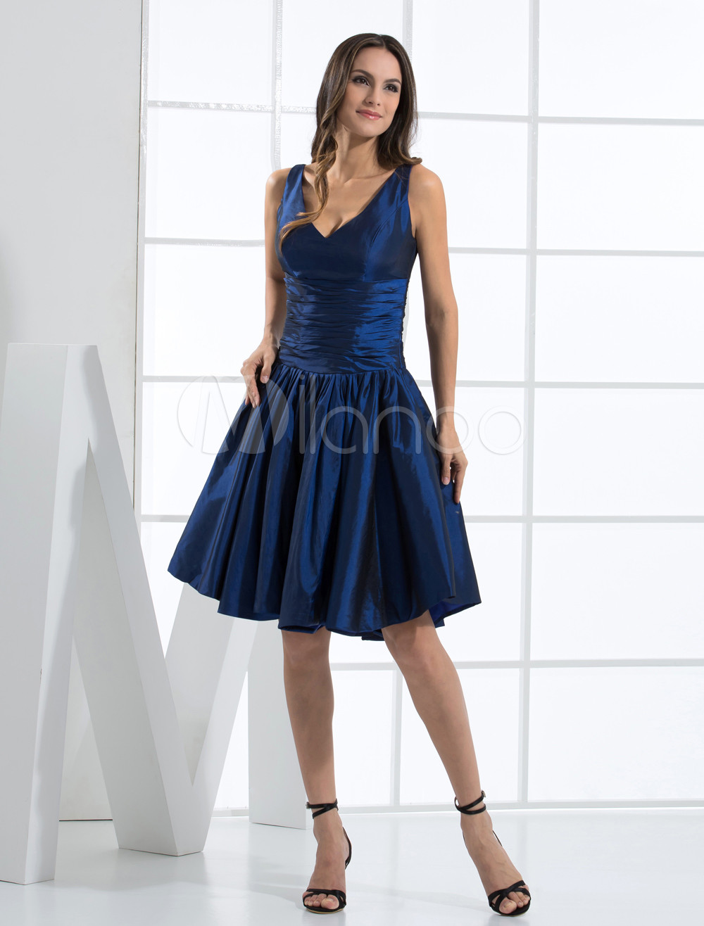 Enticing V-Neck Pleated Knee Length Taffeta Bridesmaid Dress