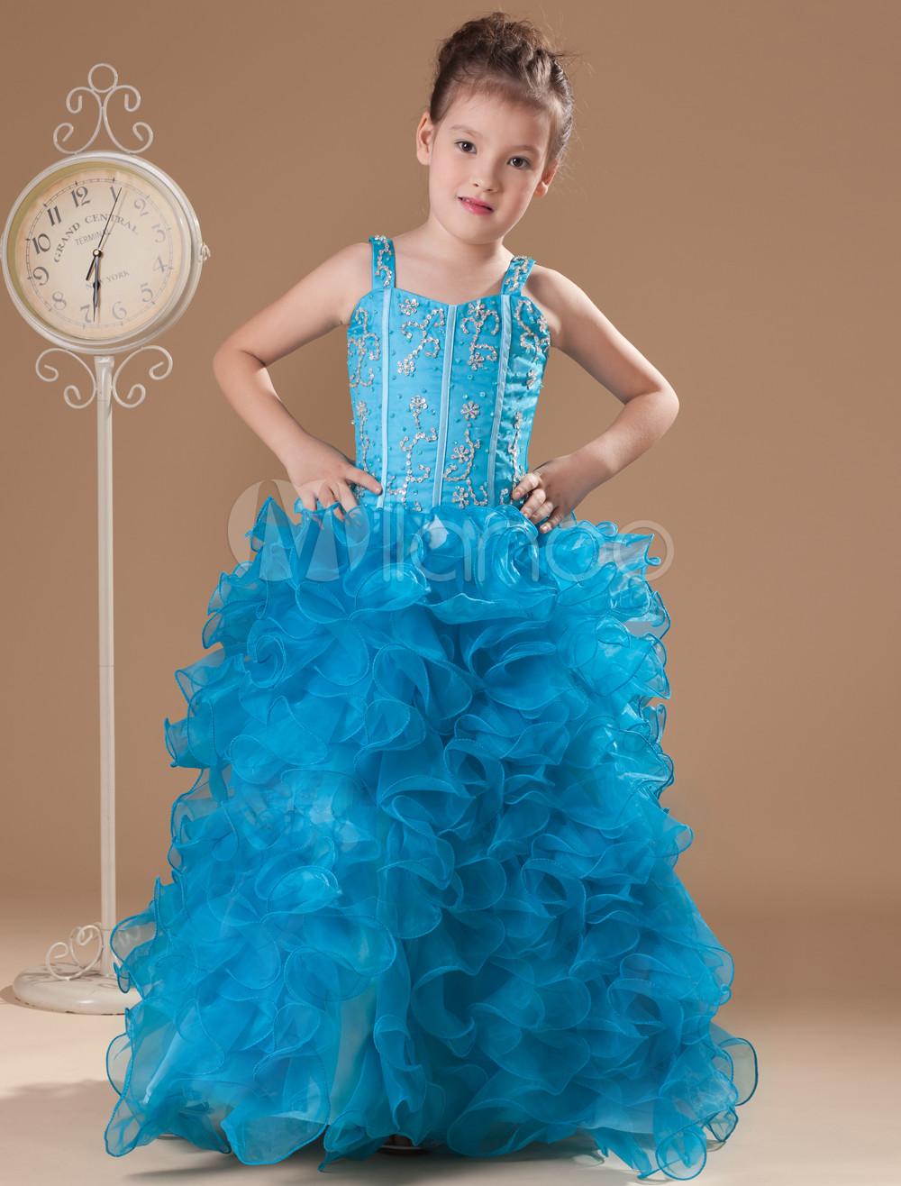 Платье из бумаги на конкурс для девочки
