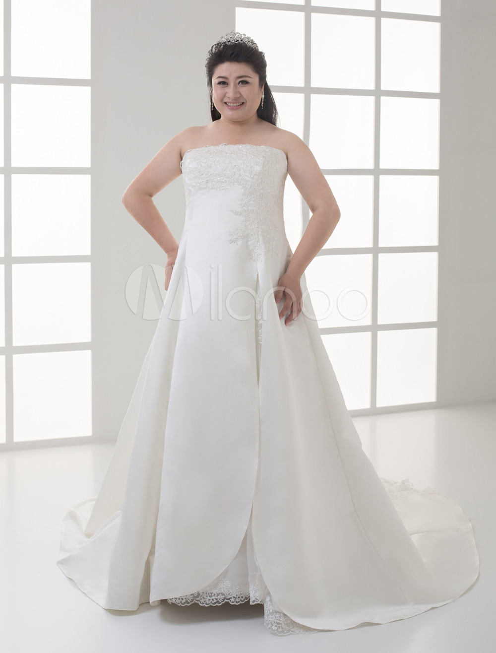 White A-line Short Sleeves Applique Beaded Satin Plus Size Wedding Gown