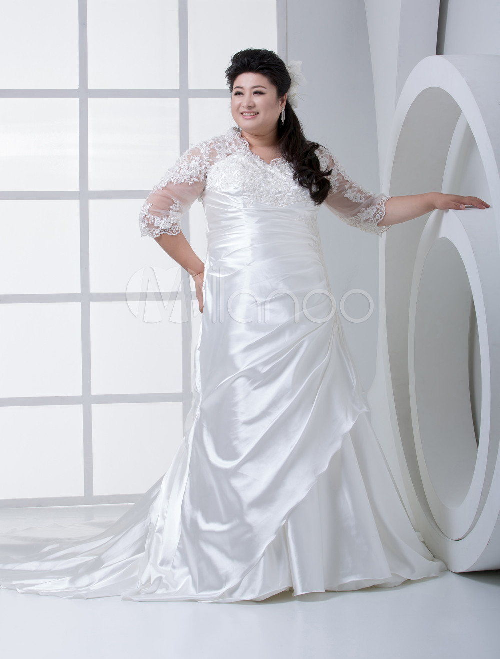 Ivory A-line Sweetheart Elastic Satin Bridal Plus Size Wedding Dress
