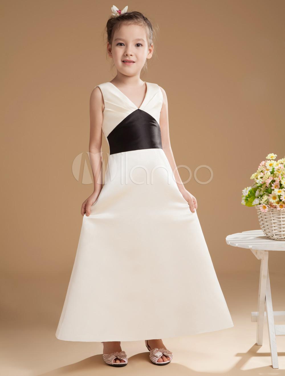 Glamorous Champagne V-neck Elastic Satin Ball Maxi Bridesmaids Dress