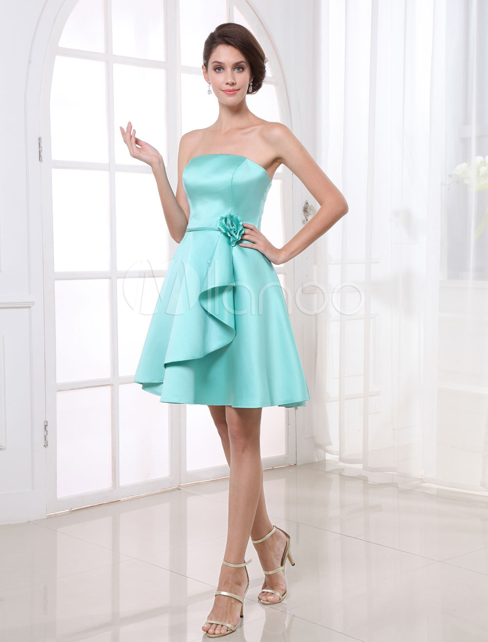 A-line Green Satin Floral Strapless Knee-Length Fashion Bridesmaid Dress