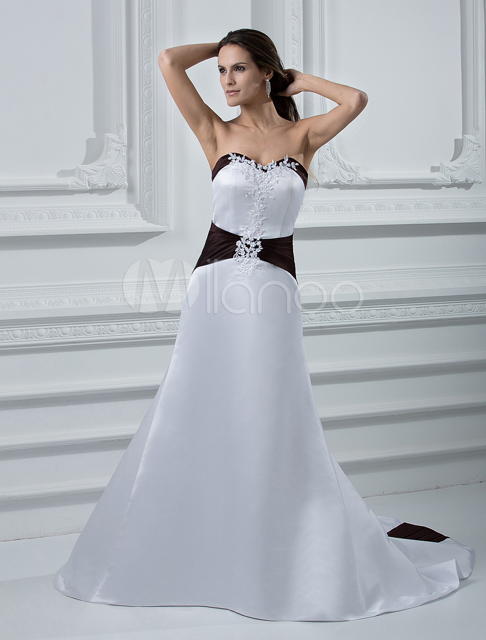 White Sweetheart Sash Wedding Dress