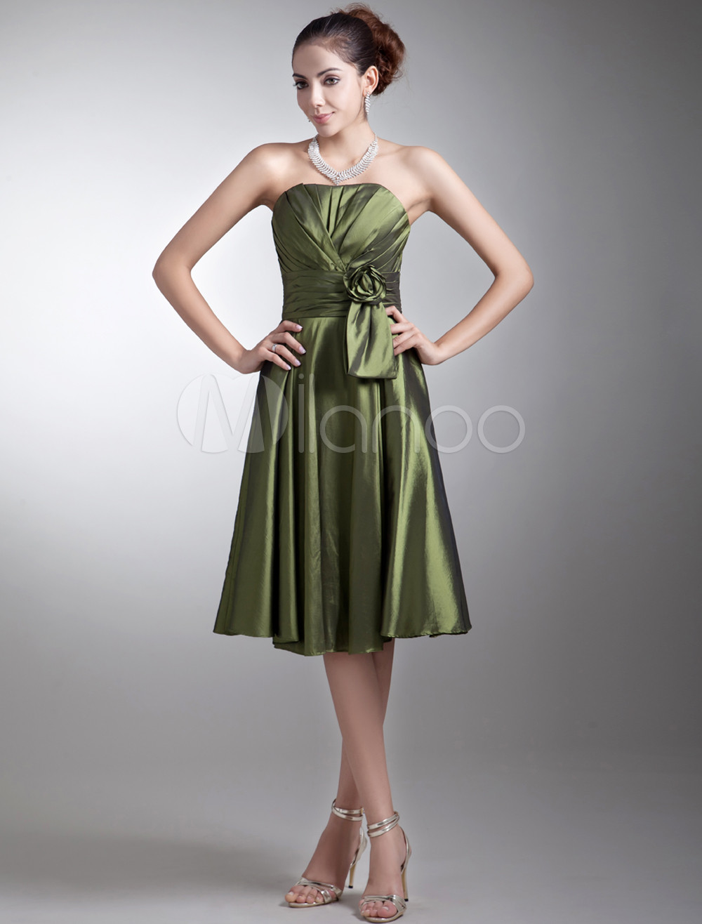 A-line Dark Green Taffeta Floral Sweetheart Neck Bridesmaid Dress For Wedding