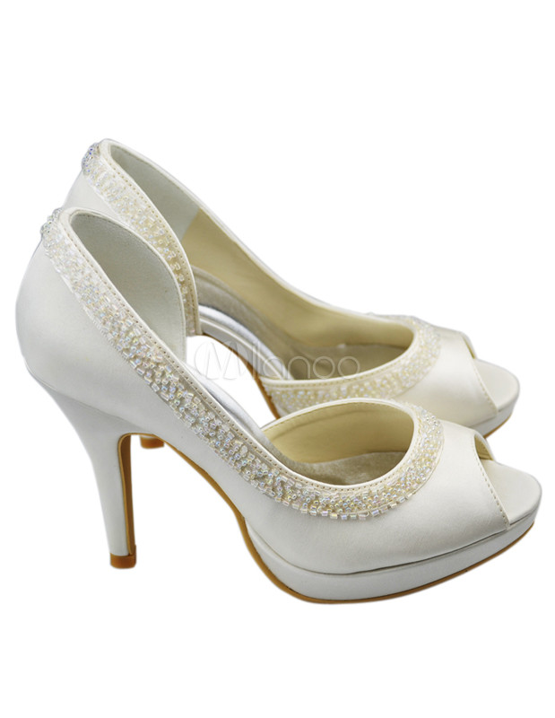 You searched for: beige satin shoes! Etsy is the home to thousands of handmade, vintage, and one-of-a-kind products and gifts related to your search. No matter what you're looking for or where you are in the world, our global marketplace of sellers can help you find unique and affordable options. Let's get started!