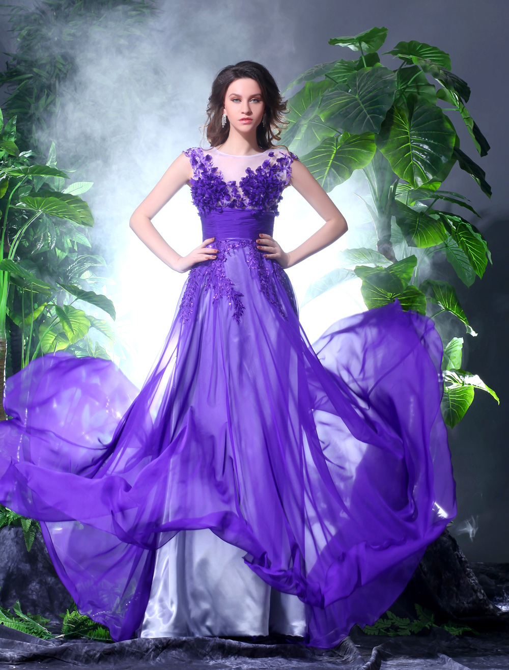 Romantic Grape Chiffon V-Neck Embroidered Women's Ball Gown