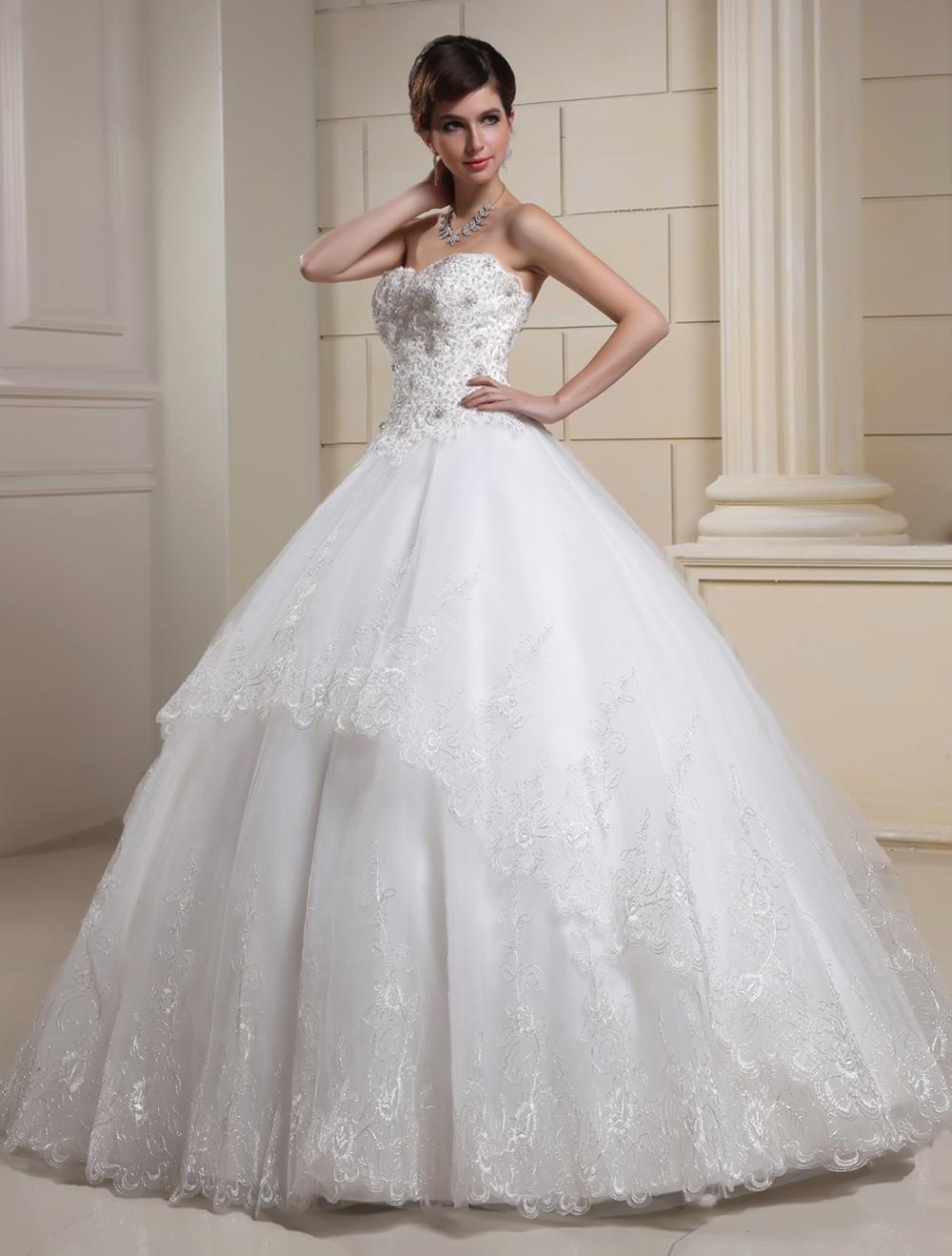 Sweetheart Beading Tulle Wedding Dress For Bride