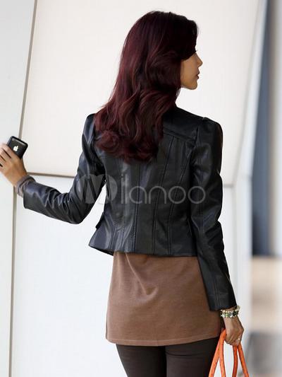 belle veste pour femme en faux cuir noir de finition belle et de tenue chic. Black Bedroom Furniture Sets. Home Design Ideas