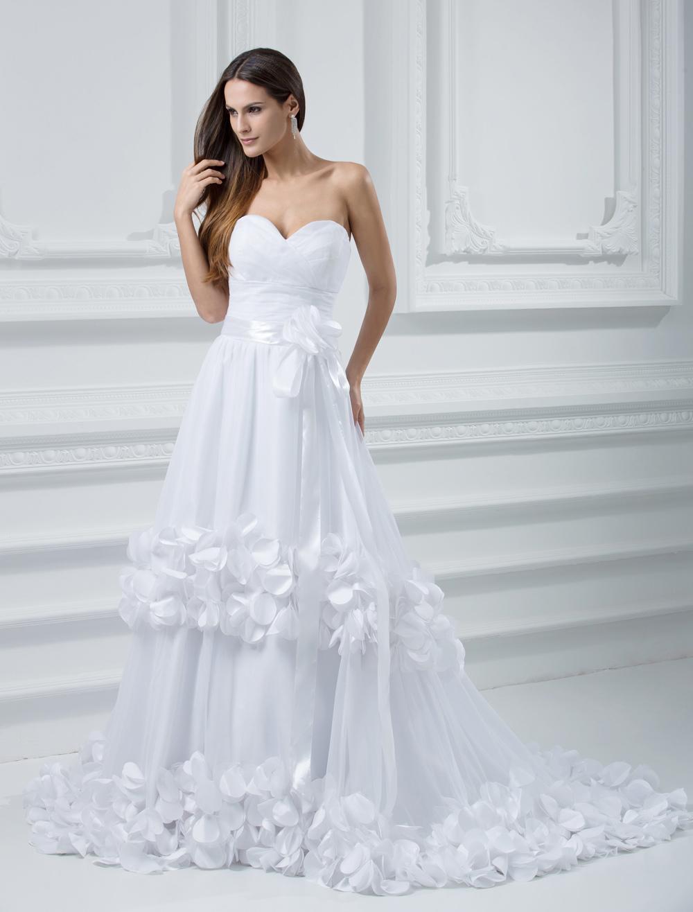 Romantic White Tulle A-line Sweetheart Celebrity Wedding Dresses