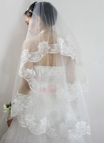 Beautiful Ivory Parchment Yarn Embroidered Wedding Bridal Veil