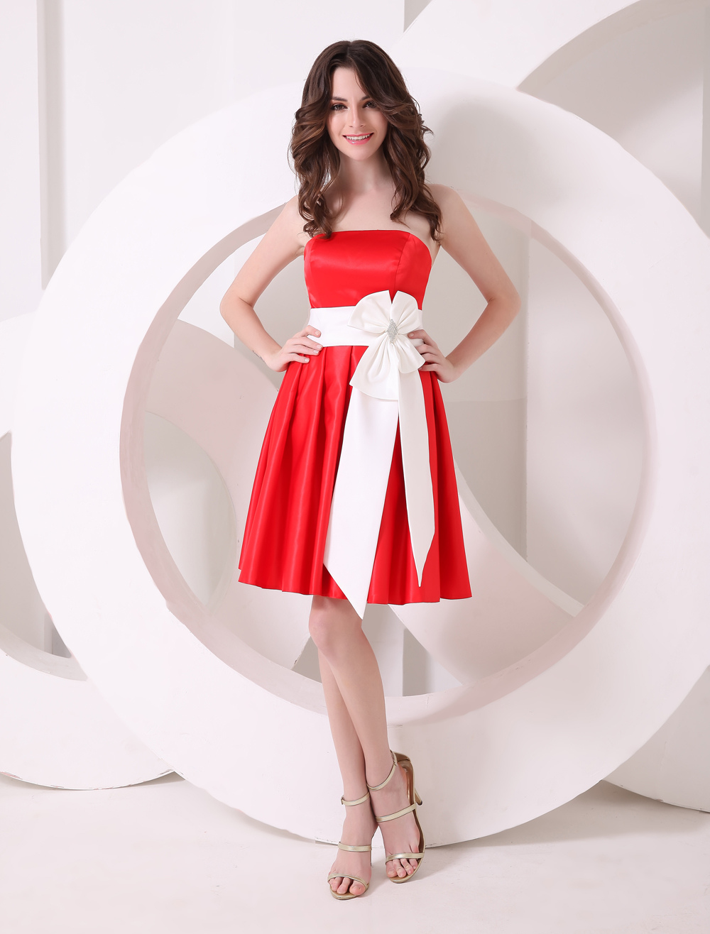 Red Strapless A-line Bow Satin Bridesmaid Dress