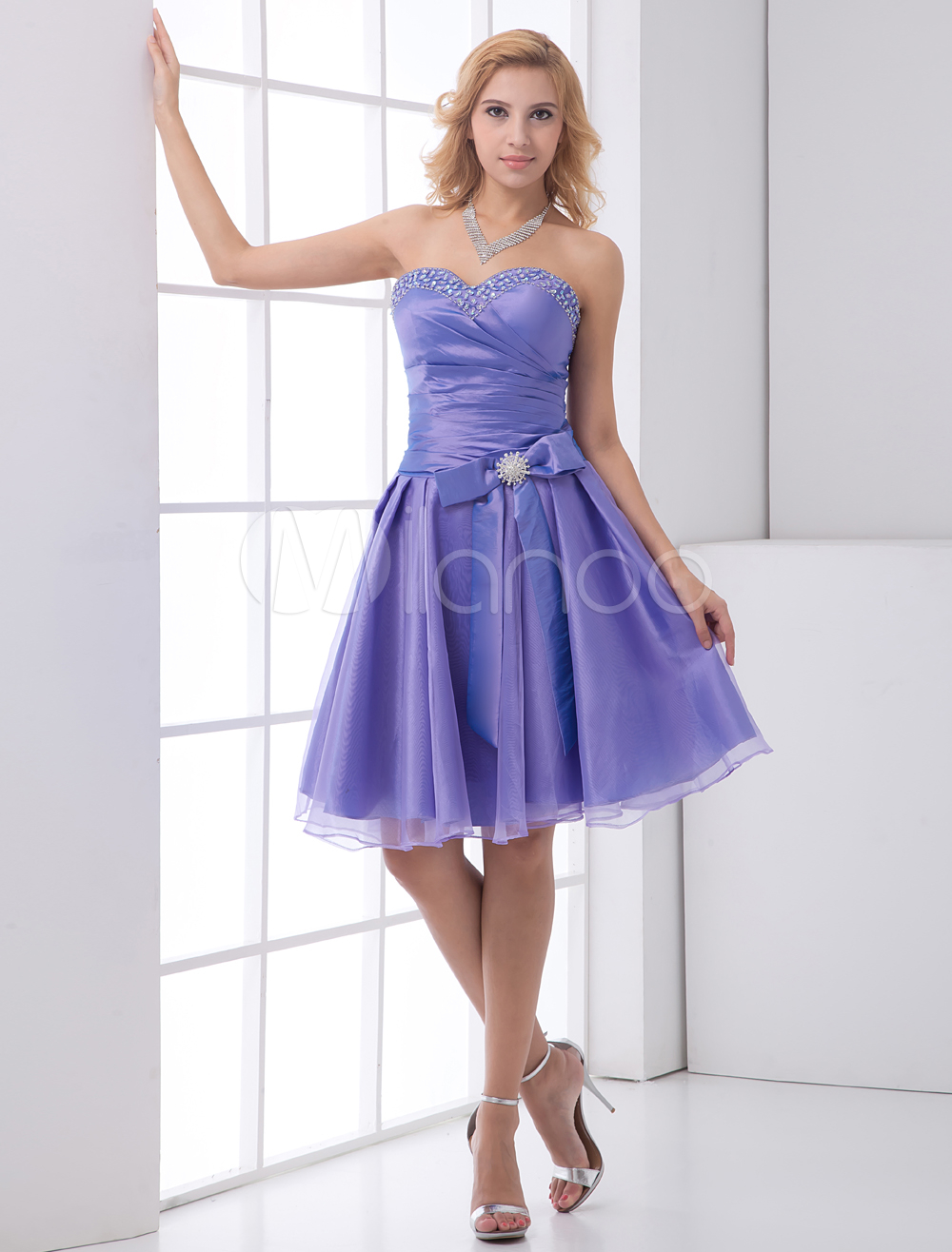 Organza Prom Dress Violet Short Sweetheart Strapless Beading Homecoming Dress Ruched Bow Deco Party Dress